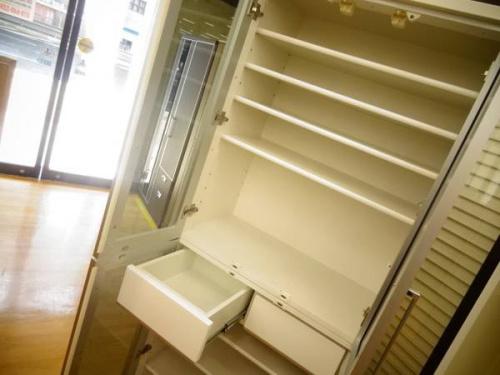 食器棚の関西