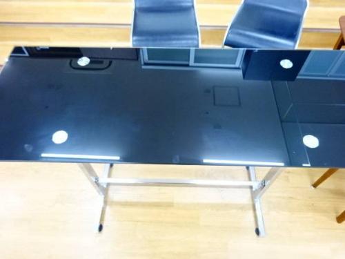 中古家具のカウンターテーブル