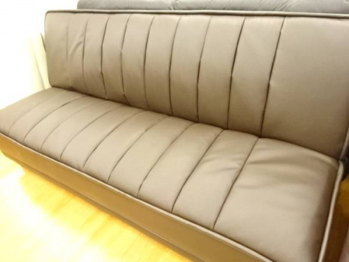 中古家具のソファーベッド