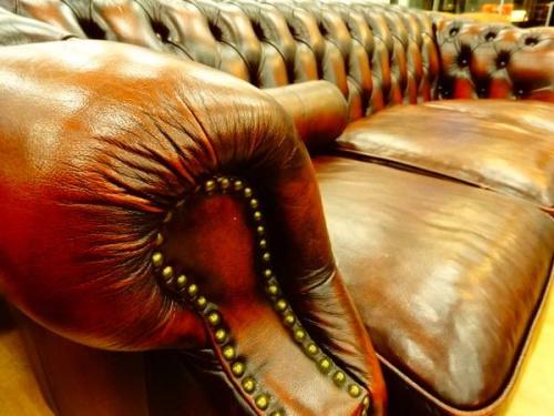 チェスターフィールドソファ の関西