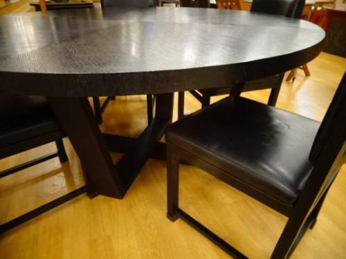 円卓テーブルの関西