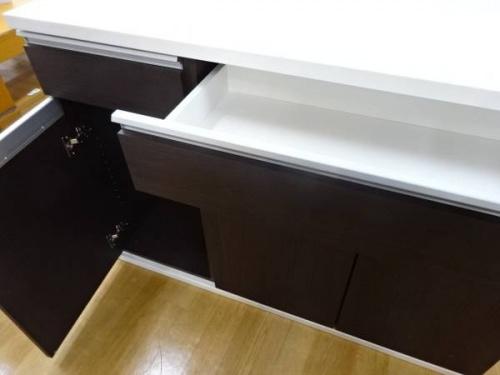 ニトリ カウンターテーブルの関西