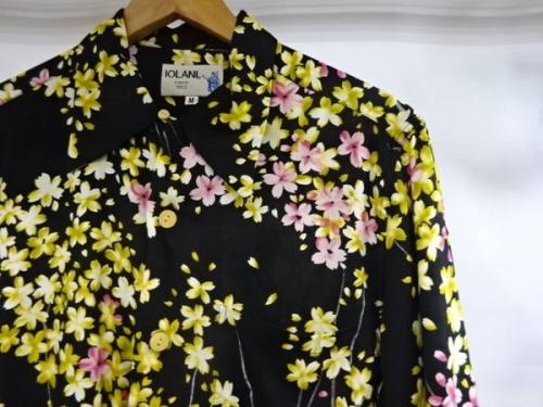 服 買取 神戸のシャツ