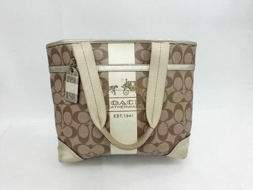 ブランド バックのバッグ