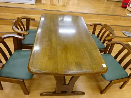 家具 中古 神戸の中古テーブル 神戸