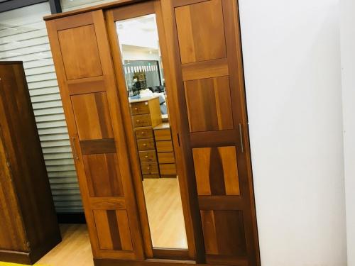神戸 中古 家具 買取の中古ワードローブ