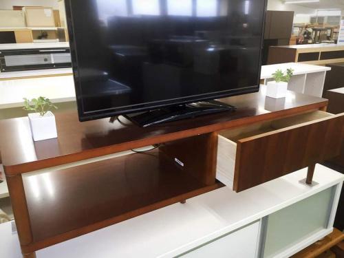 テレビボードのAVボード