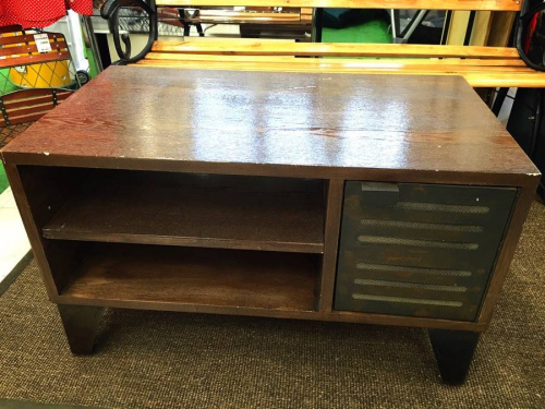 journal standard FurnitureのAVボード