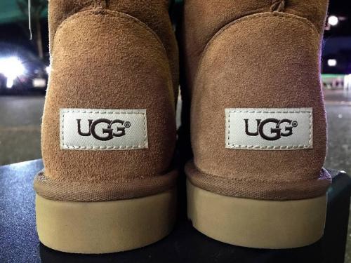 アグ(UGG)のブーツ