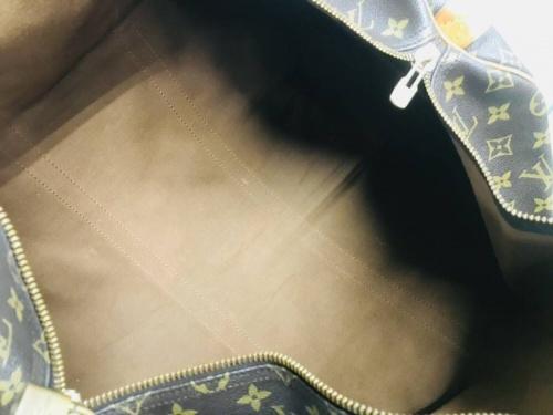 トラベルバッグのキーポル50