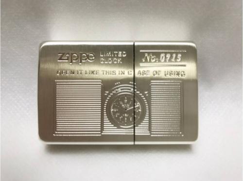 ZIPPOの時計