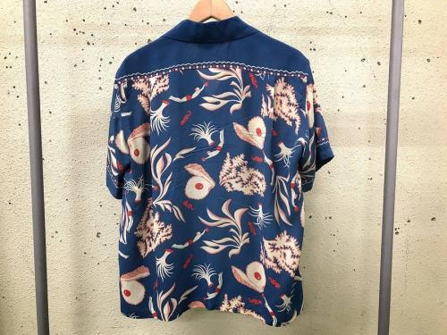 Sun Surfのアロハシャツ