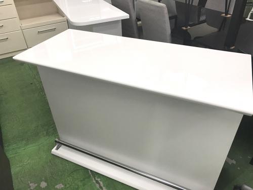 家具のバーカウンター・食器棚