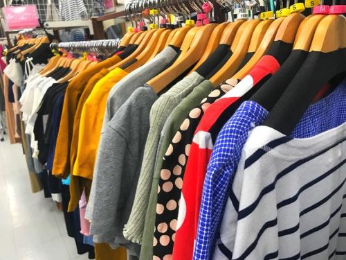 板橋 練馬 中野 池袋 古着 買取の洋服