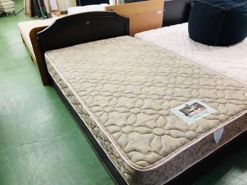 ベッドのsimmons・シモンズ