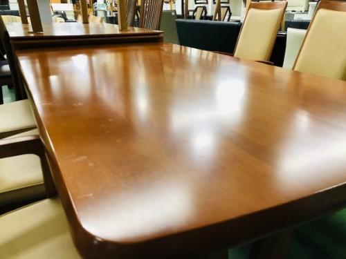 テーブルのkarimoku・カリモク