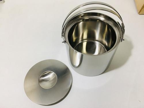 キッチン雑貨のArne Jacobsen