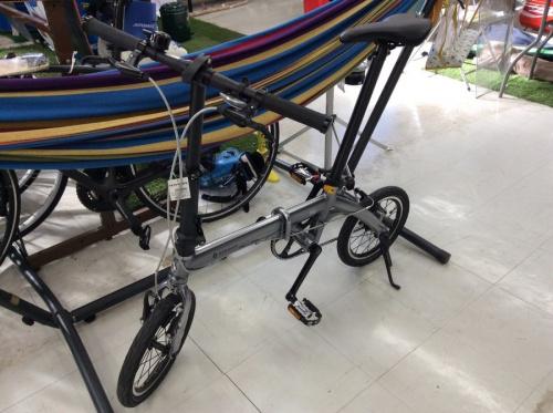 スポーツ用品の自転車・折りたたみ自転車
