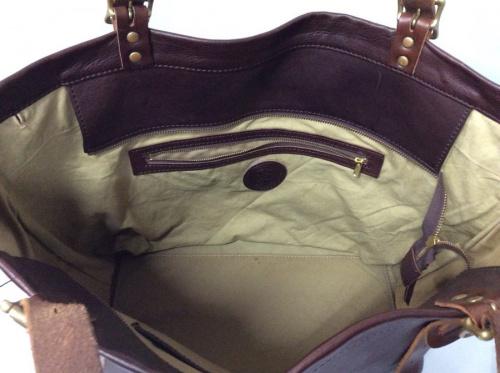 バッグのレザートートバッグ