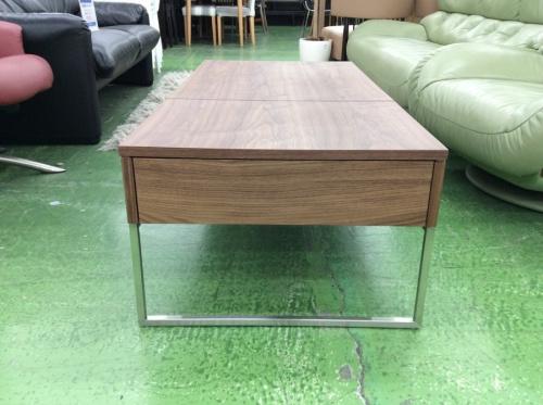 テーブルのローテーブル