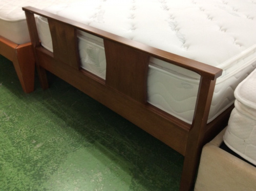 セミダブルベッドのACME Furniture アクメファニチャー