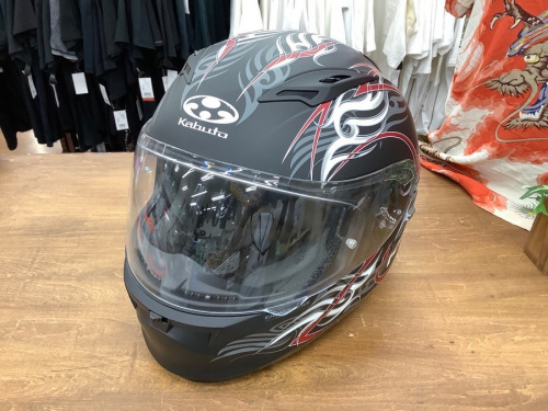 アウトドアのバイク用ヘルメット