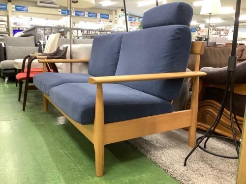 2人掛けソファーの柏木工