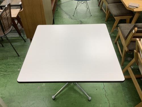 テーブルのコントラクトベーステーブル