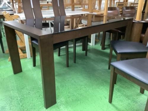 テーブルのダイニング5点セット
