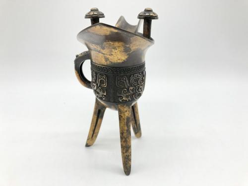和雑貨の青銅爵