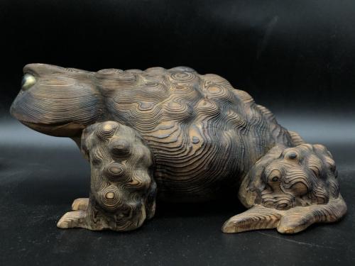 ※現状販売の木彫 蟇 曲江造 箱付