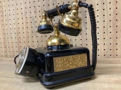 アンティーク電話機の※1977年製 現状販売