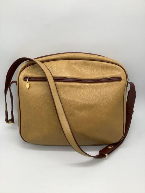 カルティエのショルダーバッグ