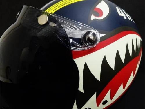 スポーツ・アウトドアのヘルメット