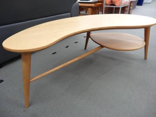 柏木工のリビングテーブル