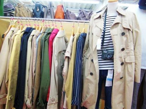 トレンチコートのデニムジャケット