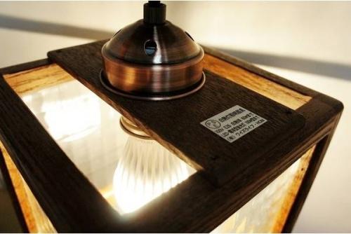 デザインライトの木製 照明