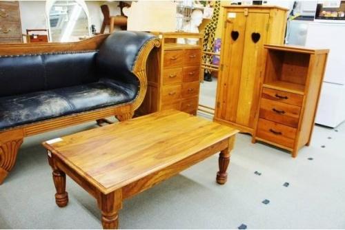 テーブルの平塚 厚木 小田原 中古家具