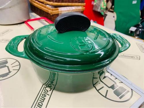 インテリアの鍋 ポット