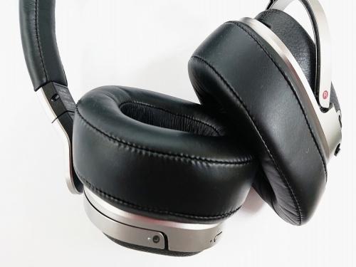 ヘッドホンのデジタルサラウンドヘッドホンシステム