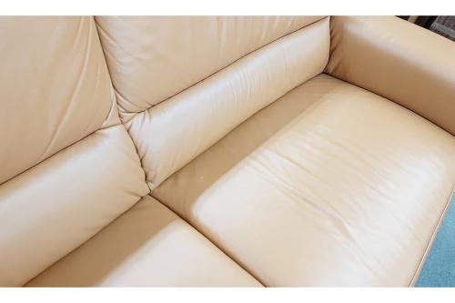 3人掛けソファーのhimolla