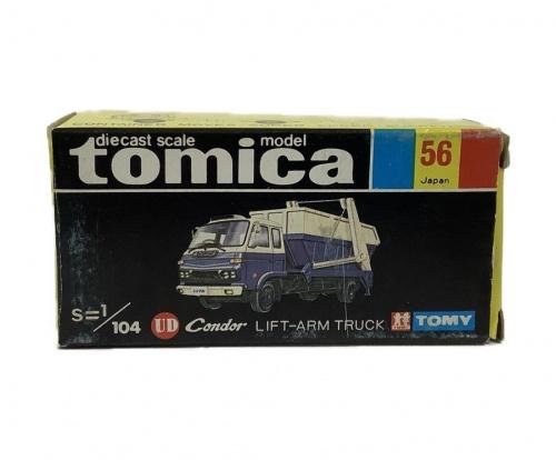 トミカのTOMY