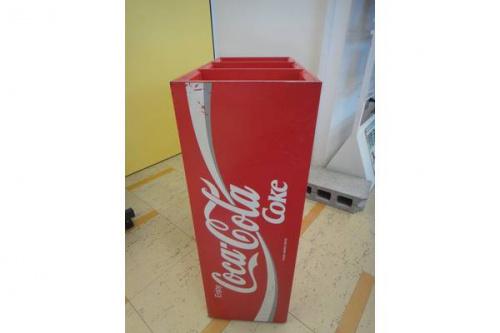 COCA COLAのコカ・コーラ