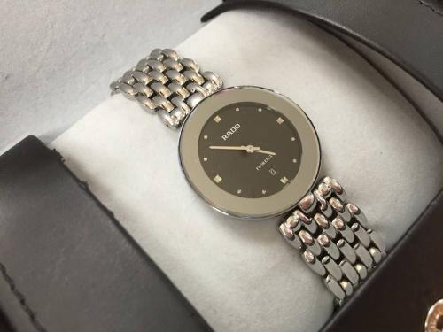 腕時計のRADO