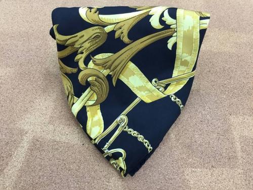 ブランド・ラグジュアリーのスカーフ