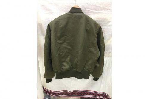 ジャケットのミリタリージャケット