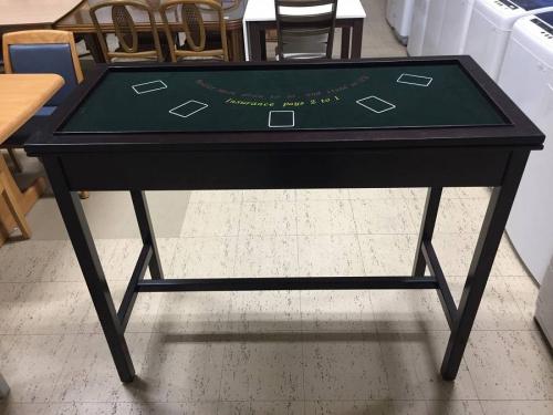 テーブルのボードゲーム