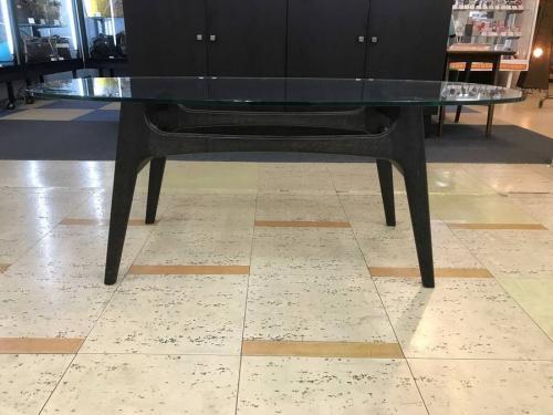 ガラステーブルのMARNI60+