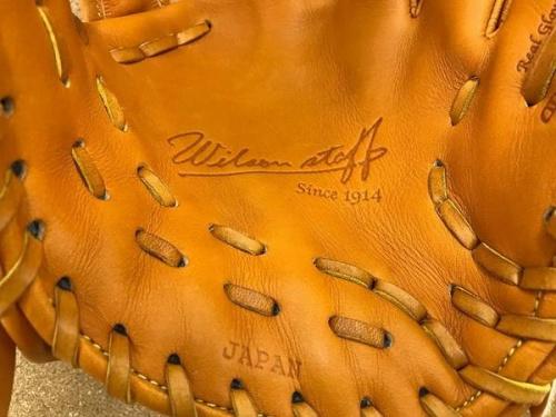 野球の硬式グローブ