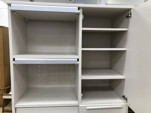 カップボード・食器棚のキャビネット